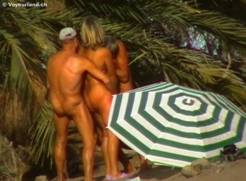 image Beach voyeur cam is showing hot naked chicks