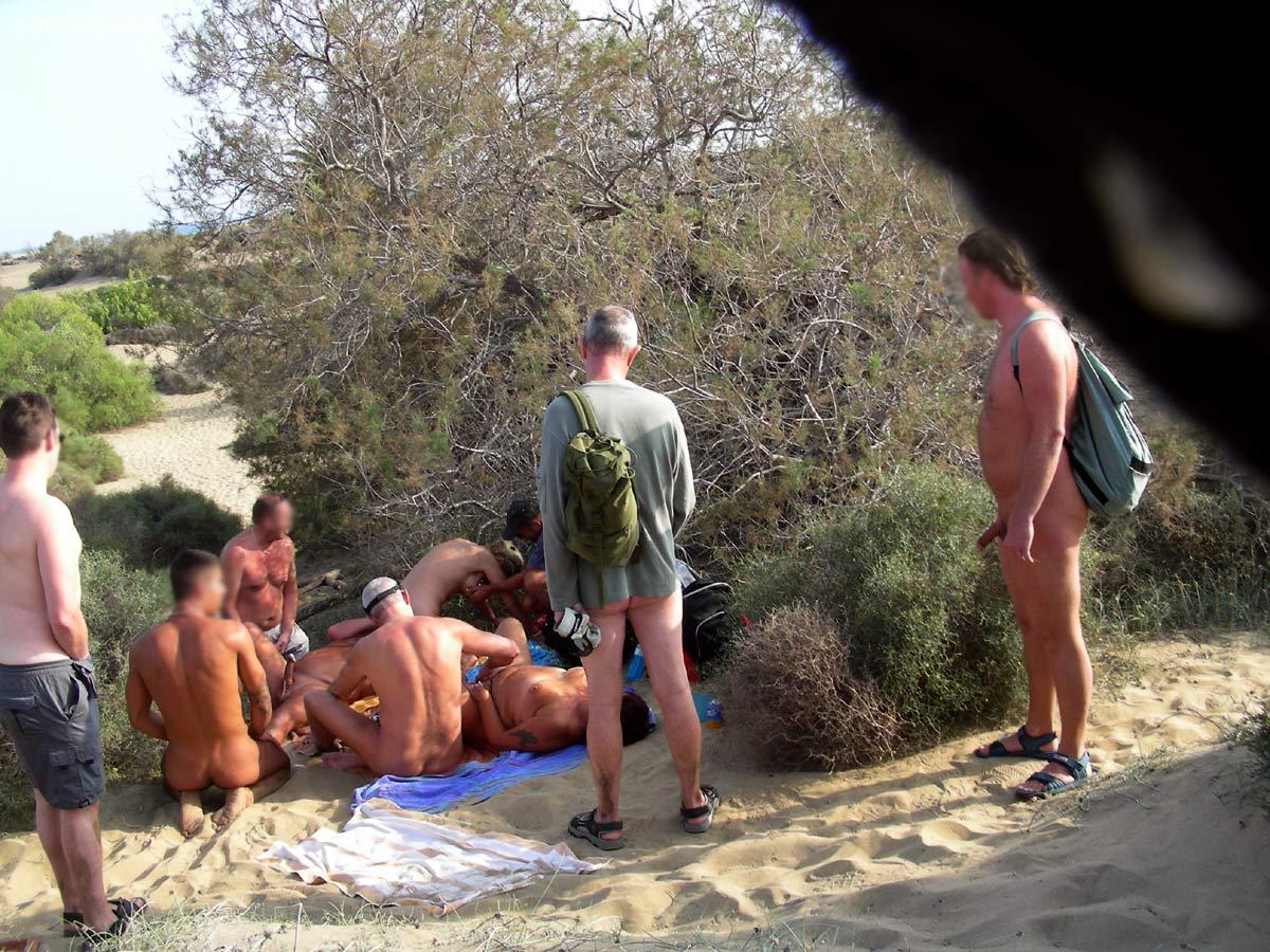 Порно в лесу. Смотреть онлайн видео бесплатно!