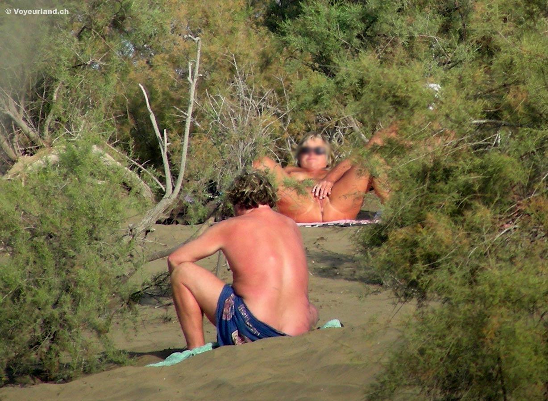shemale i sverige topless på stranden