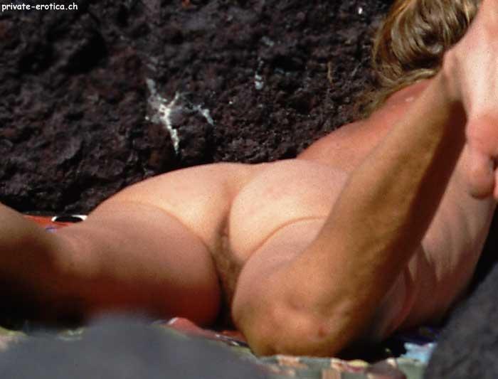 sex voyeur büstenheben bilder