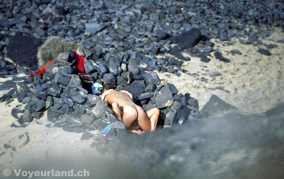 nude public hidden